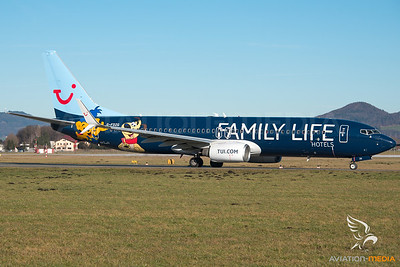 Tui Airways / B737-800 / G-FDZG