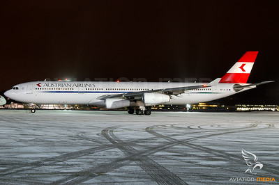 Austrian Airlines A340 Salzburg
