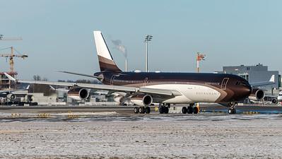 Private / Airbus A340-313X / M-IABU