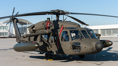 US Army / UH-60 Black Hawk / 0-24642