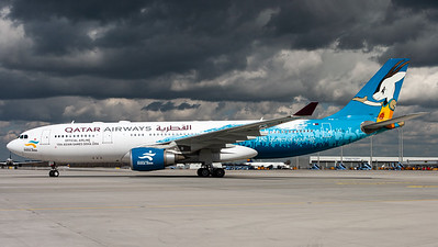 "Qatar Airways / A330-200 / A7-ACG / ""Official Airline 15th Asian Games Doha 2006"""