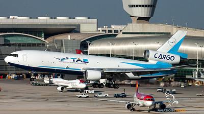 TAB Cargo / DC-10-30F / CP-2555