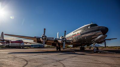 International Air Response / Douglas DC-7B / N4887C