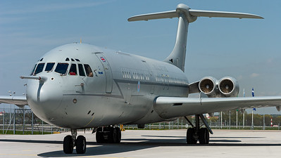 Royal Air Force / Vickers VC-10-K1 / XR807