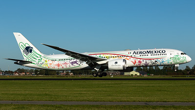 "AeroMexico / B787-9 Dreamliner / XA-ADL / ""Quetzalcoatl"""