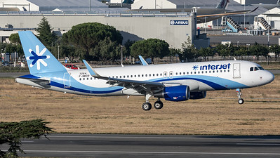 Interjet / Airbus A320-214(SL) / F-WWDR (to be XA-CBA)