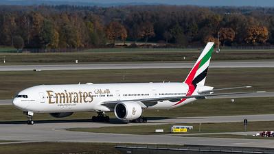 Emirates / Boeing 777-31H(ER) / A6-EGY