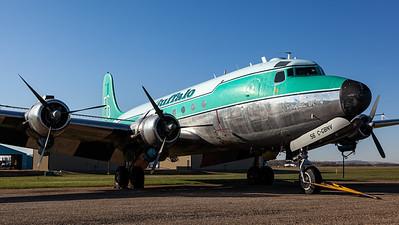 Buffalo Airways / Douglas C-54G-DC Skymaster / C-GBNV