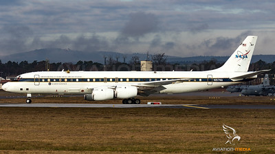 NASA Armstrong Flight Research Center / DC-8-72 / N817NA