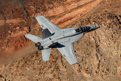 US Navy VX-31 Dust Devils / Boeing F/A-18F / DD-225 166968