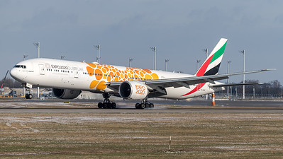 Emirates / Boeing 777-31H(ER) / A6-ENG / Orange Expo 2020 Livery