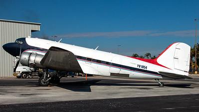 Aeroejecutivo / Douglas C-47-DL Skytrain / YV1854