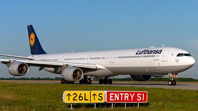 Lufthansa / A340-600 / D-AIHT