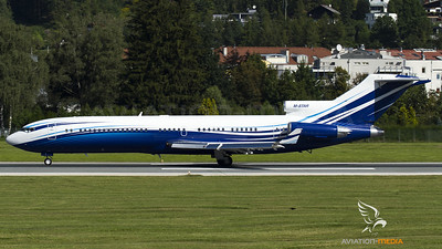 Starling Aviation / B727-200Adv. / M-STAR