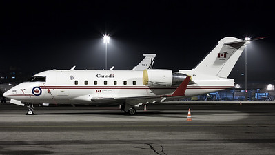 Royal Canada Air Force / Challenger 605 / 144618