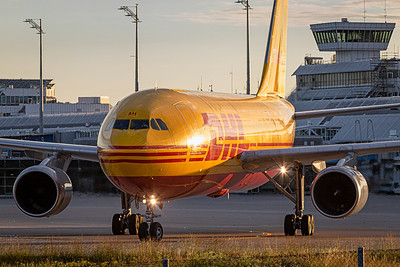 DHL / Airbus A300-600 / D-AEAH