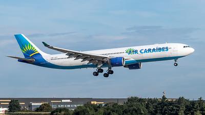 Air Caraibes / Airbus A330-323 / F-HPTP