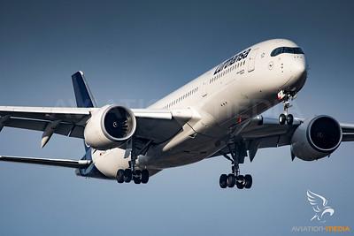 Lufthansa / A350 / D-AIXM