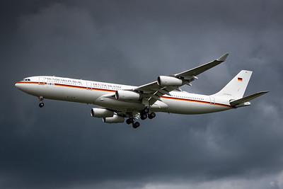 German Air Force / Airbus A340-300 / 16+02