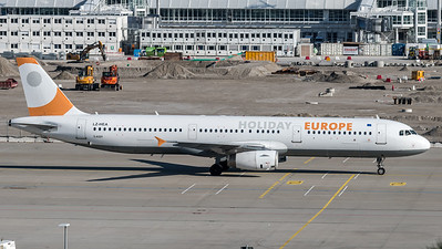 Holiday Europe / Airbus A321-231 / LZ-HEA