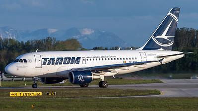 Tarom / Airbus A318-111 / YR-ASD