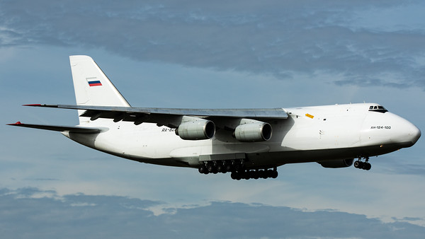 Volga Dnepr / Antonov An124-100 / RA-82042
