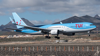 TUI / Boeing B767-304(ER) / OO-JNL