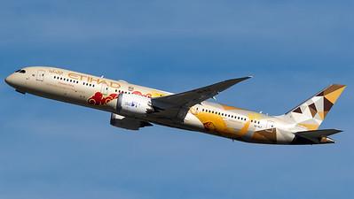 Etihad Boeing B787-9 A6-BLF Choose China livery