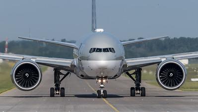 Qatar Airways / Boeing B777-3DZ(ER) / A7-BAO
