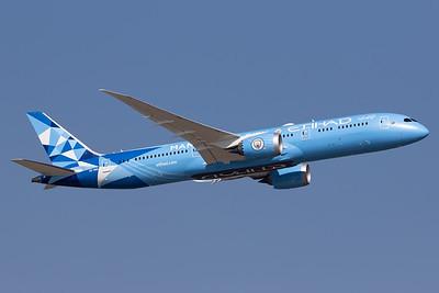Etihad Airways / Boeing 787-9 / A6-BND / Mancester City