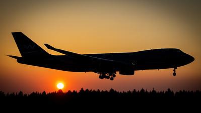 Silk Way Airlines / B747-400F / 4K-SW888