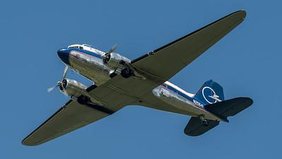 "JB Air Services ""Legend Airways"" / Douglas C-47 / N25641"