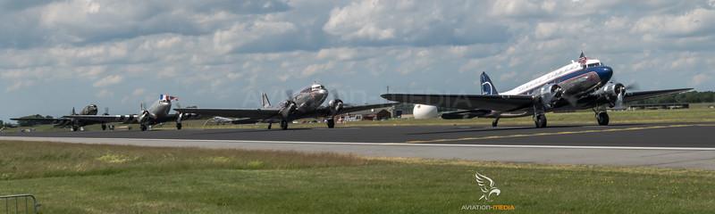 DC-3 & C-47 Taxi Line-up