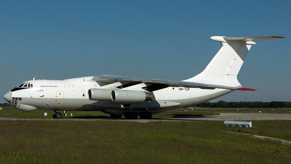 Zetavia Ukraine / Ilyushin IL-76TD / UR-CIF