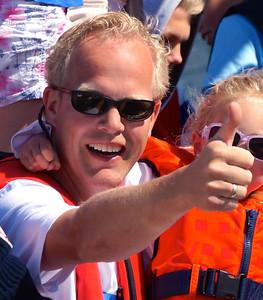 Knut Henrik tommel opp