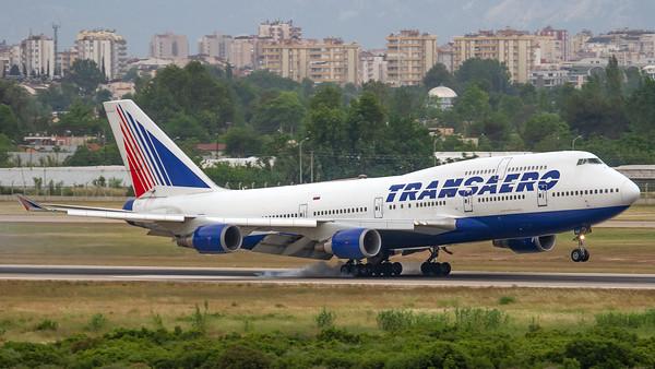 Transaero Boeing B747-400 EI-XLG
