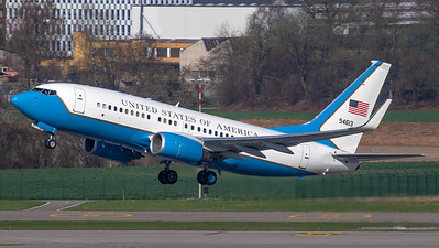 United States of America Boeing B737-700(NG)  C-40-C 05-4613