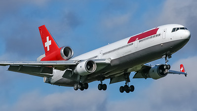 Swissair MD11 N15WF