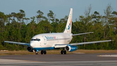 Bahamas Air Boeing B737-200 C6-BFM