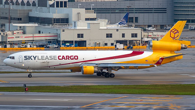 Sky Lease Cargo MD11F N951AR