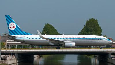 KLM (Retro livery) Boeing B737-800 PH-BXA
