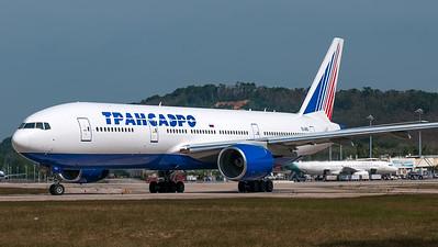 Transaero Boeing B777-200 EI-UNS
