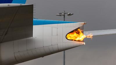 Boeing B777-300