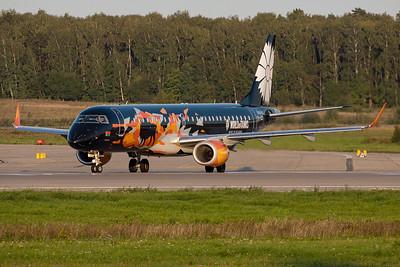 Belavia Belarusian Airlines / Embraer 190-200LR / EW-400PO
