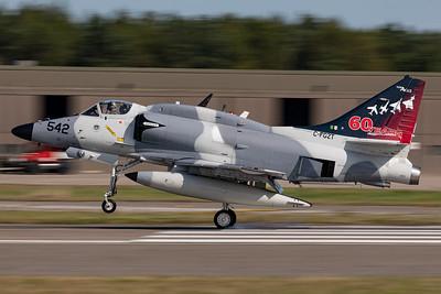 Top Aces / McDonnell Douglas A-4N Skyhawk / C-FGZT