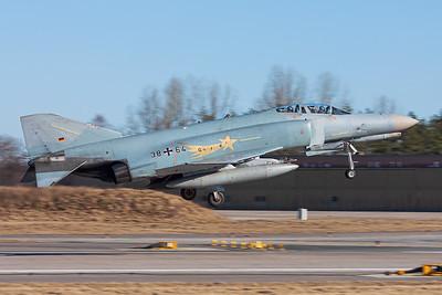 Germany Air Force / McDonnell Douglas F-4F Phantom II / 38+64