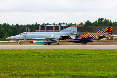 Germany - Air Force / McDonnell Douglas F-4F Phantom II / 37+15 and 38+13