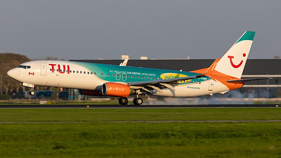 TUI (Sunwing Airlines) / Boeing 737-800 / C-FDBD