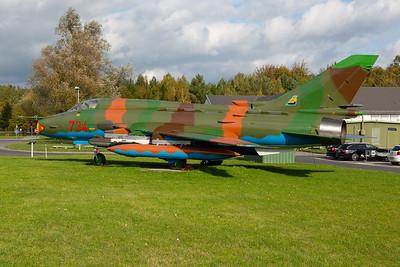 German Democratic Republic - Air Force / Sukhoi Su-22M4 Fitter K / 734
