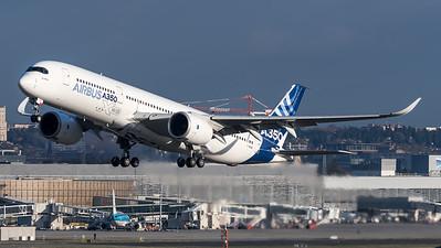 Airbus Industries / Airbus A350-941 / F-WXWB